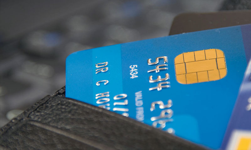 4 Things To Consider When Applying For Your 1st Credit Card
